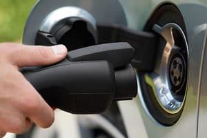 auto ibrida plug-in