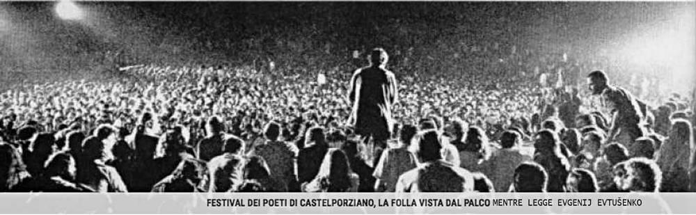La folla di Castelporziano