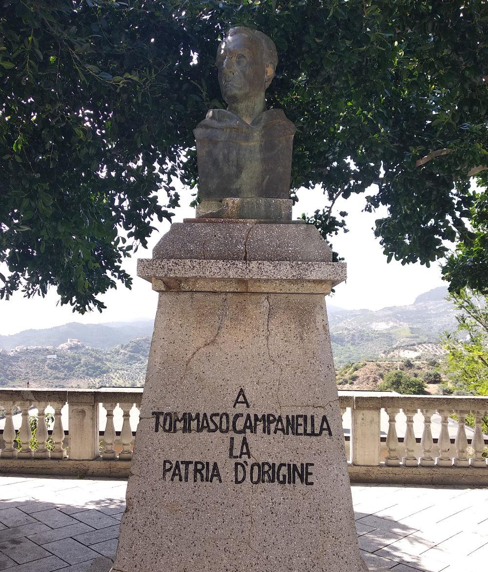 Stignano, busto di Tommaso Campanella